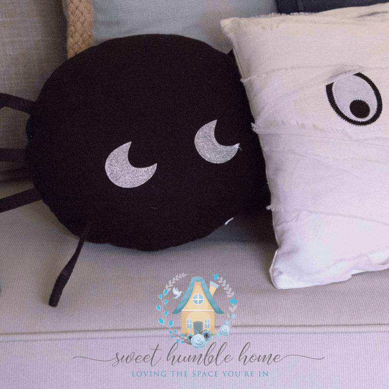 Halloween Decorations Without A Scare in Sight! - Sweet Humble Home