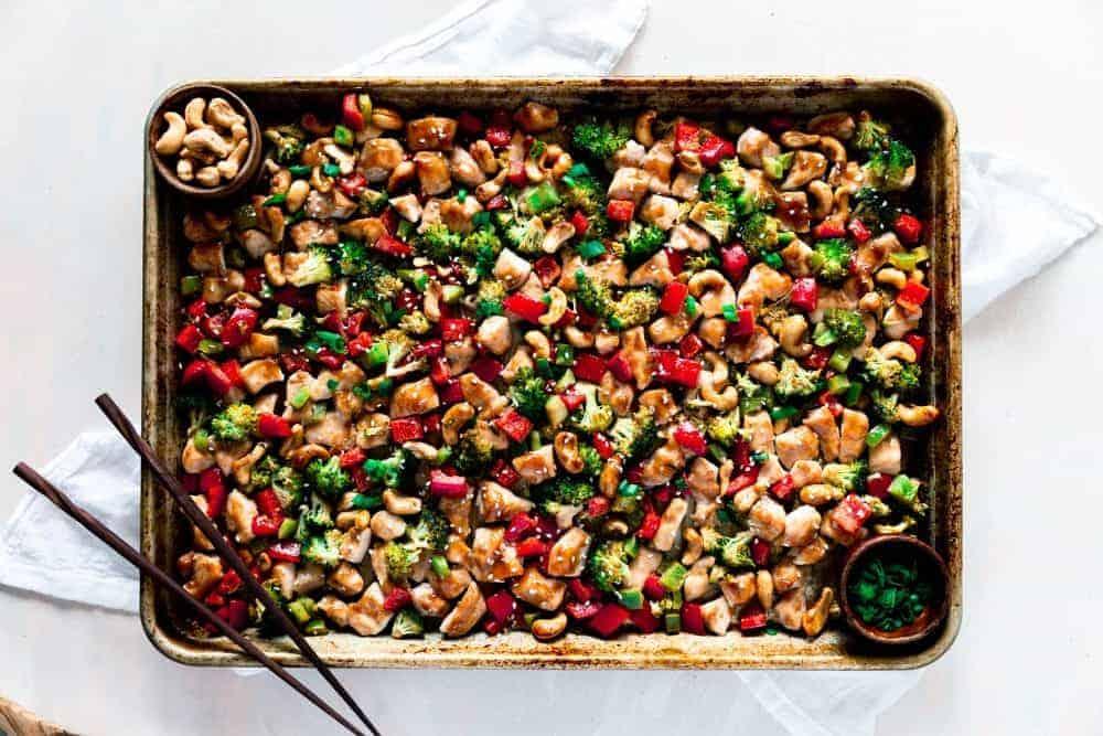 Sweet Humble Home Fall Sheet Pan Dinner Roundup - Sheet-Pan-Cashew-Chicken-1-e1536026745266
