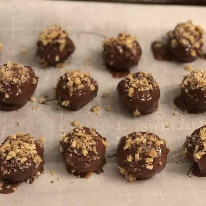 Easy to make peanut butter balls