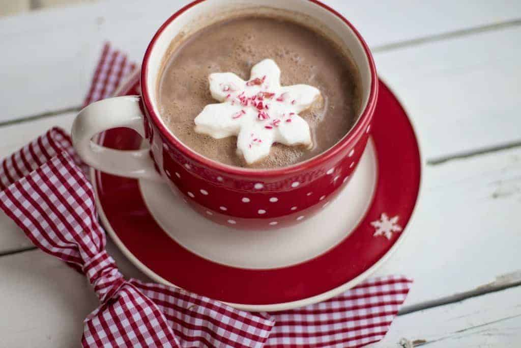 Easy Slow Cooker Hot Cocoa
