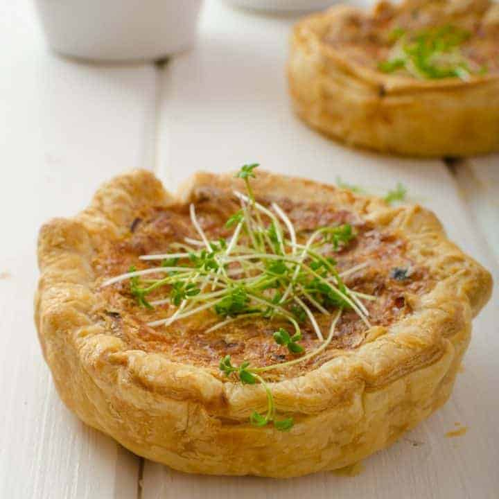 Recipe for a mini onion & cheese quiche appetizer