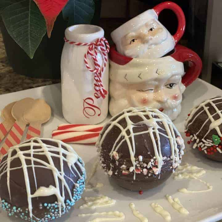 How to make regular or boozy hot chocolate bombs